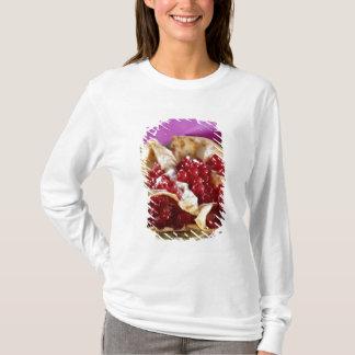 T-shirt Crêpes avec un mélange des kiwis et de la menthe