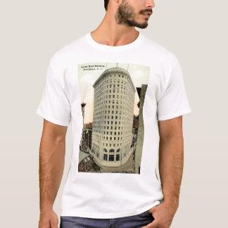 T-shirt Cru 1915 de construction principal de Providence
