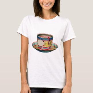 T-shirt cru de tasse de thé