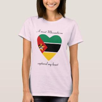 T-shirt d'amoureux de drapeau de la Mozambique
