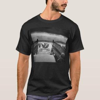 T-shirt Dans les mâchoires de la deuxième guerre mondiale