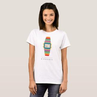 T-shirt d'art de bruit de montre des moments |