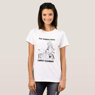 T-shirt de bande dessinée de nettoyage de tapis
