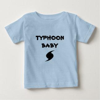 "T-shirt ""de bébé d'ouragan"""
