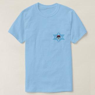 T-shirt de bleu de ciel