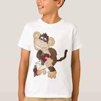 T-shirt de coeur de singe
