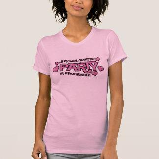 T-shirt de coeurs de partie de Bachelorette