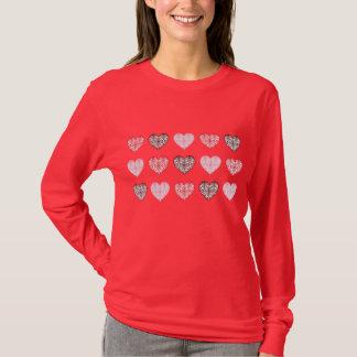 T-shirt de coeurs de Saint-Valentin de damassé