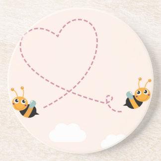 T-shirt de CONCEPTEURS avec des abeilles d'amour Dessous De Verre En Grès