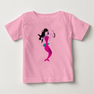 T-shirt de concepteurs avec le ROSE doux de sirène