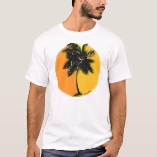 T-shirt de coucher du soleil de palmier