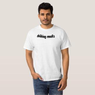 T-shirt de dérive de médias