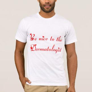 T-shirt de dermatologue