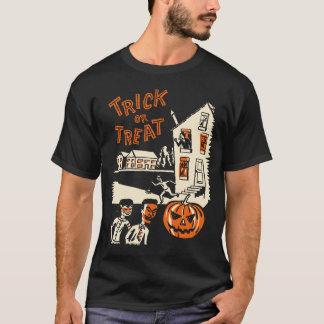 T-shirt de des bonbons ou un sort des années 1960