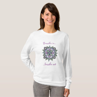 T-shirt de douille de mandala d'aquarelle long