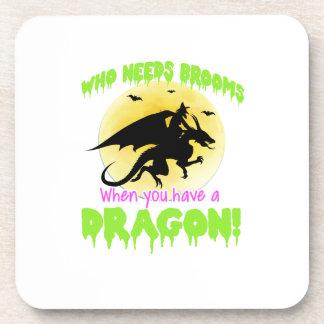 T-shirt de dragon de sorcière de Halloween Dessous-de-verre