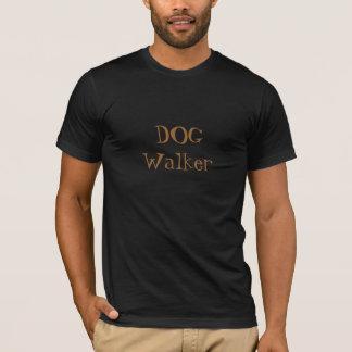 T-shirt de marcheur de CHIEN