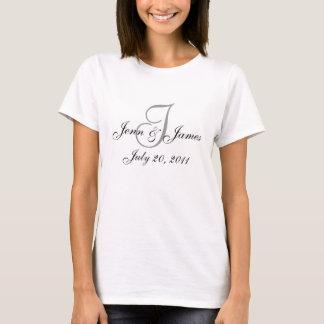 T-shirt de mariage d'équipe de noms et de date de