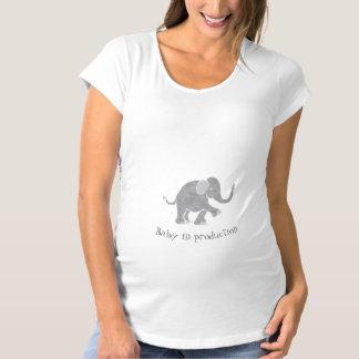 """T-Shirt De Maternité """"Bébé éléphant gris mignon neutre dans production"""""""