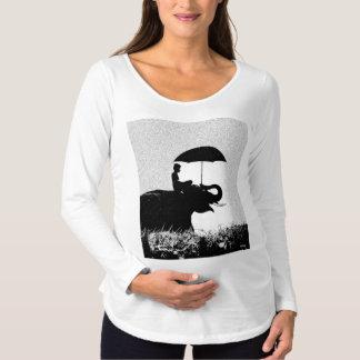 T-shirt de maternité de douille d'art de pluie