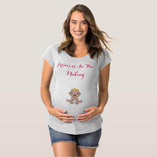 T-Shirt De Maternité Princesse dans la pièce en t de fabrication