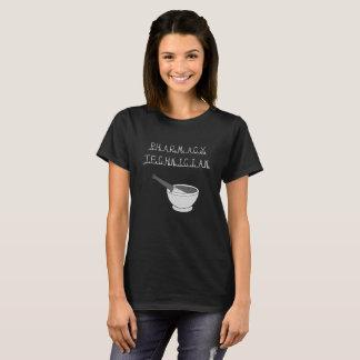 T-shirt de noir de technicien de pharmacie