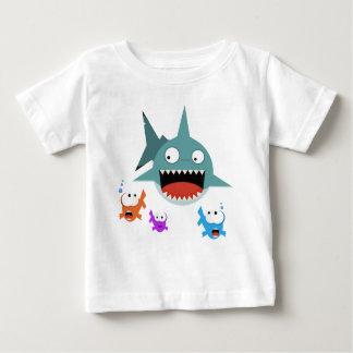 T-shirt de nourrisson d'amusement de requin