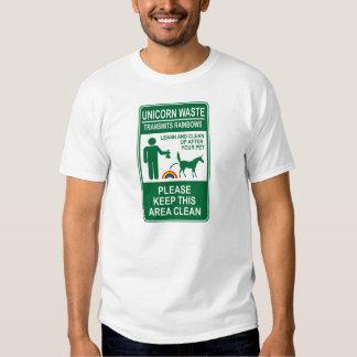 T-shirt de rebut de signe de licorne