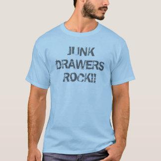 T-shirt de roche de tiroirs d'ordure