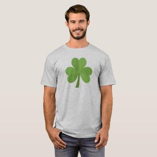 T-shirt de shamrock du jour de Patrick de saint