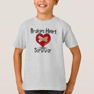T-shirt de survivant du coeur brisé