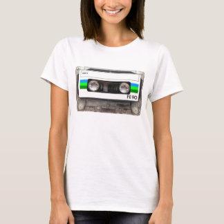 T-shirt de vert d'enregistreur à cassettes
