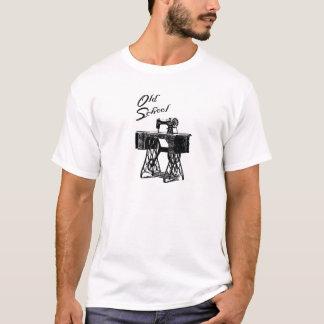 """T-shirt de """"vieille école"""" de machine à coudre"""