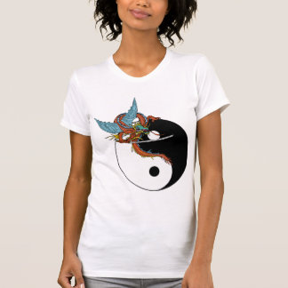 T-shirt de Ying Yang de dragon