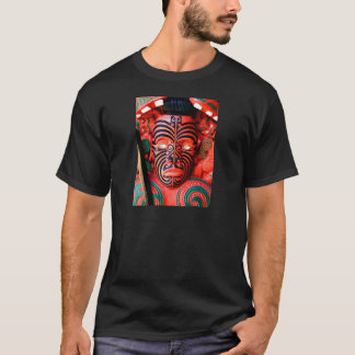 T-shirt Découpage en bois d'un guerrier maori, Nouvelle