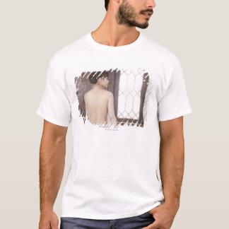 T-shirt Découvrez de retour de la jeune femme