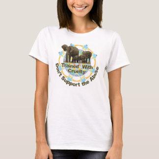 T-shirt Des éléphants sont formés avec la cruauté