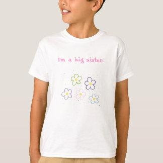 T-shirt Des fleurs, je suis une grande soeur