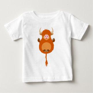 T-shirt des montagnes méditant mignon de bébé de