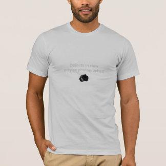 T-shirt Des objets seront photographiés
