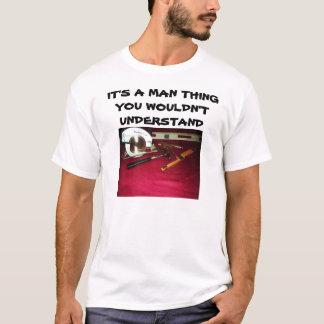 T-shirt Des OUTILS, C'est une pièce en t de CHOSE d'HOMME