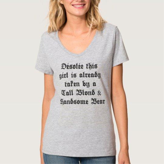 T-shirt Désolée this girl...