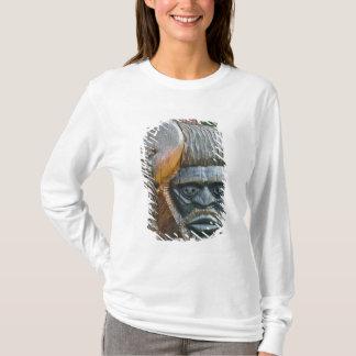 T-shirt Détail de poteau de totem de Kanak, Noumea,