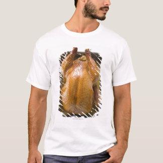 T-shirt Dinde bourrée de rôti dans le plateau de