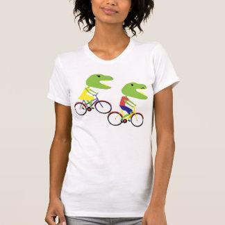T-shirt dinos de hippie