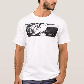 T-shirt DJs font…