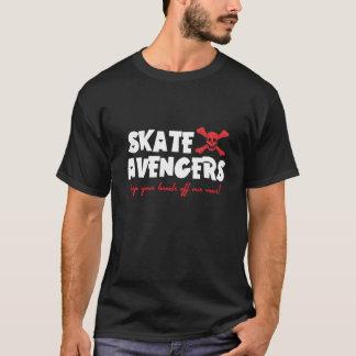 T-shirt d'obscurité de vengeurs de patin