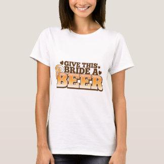 T-shirt DONNEZ à CETTE JEUNE MARIÉE une conception de