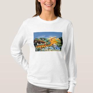 T-shirt Dragon célèbre à la villa de pair de baie