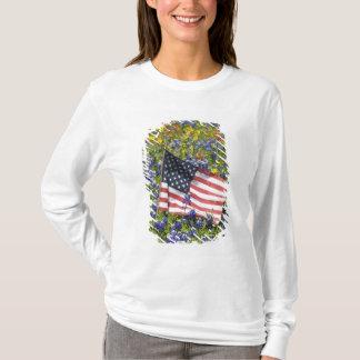 T-shirt Drapeau américain dans le domaine des capots